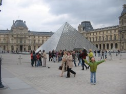 Kate at Musee Du Louvre